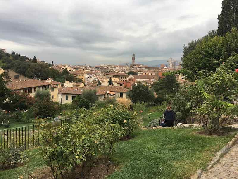 Guida Turistica Firenze, Giulia Bacci è guida autorizzata in italiano, inglese, francese. Percorsi individuali o gruppi, all'aperto o in musei di Firenze.
