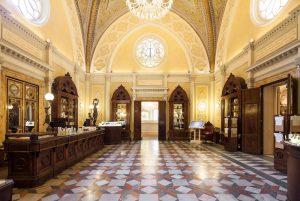 L'Officina Profumo di Santa Maria Novella, un luogo da toccare nel visitare Firenze in mezza giornata