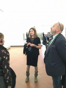 Organizza la tua visita guidata alla Galleria degli Uffizi di Firenze in italiano con Giulia Bacci, guida turistica di abilitata dalla Città Metropolitana. Un tour personalizzato in uno dei musei più belli del mondo.