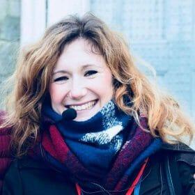 Giulia Bacci è storico dell'arte e svolge la professione di guida turistica per Firenze e provincia in Italiano, Inglese e Francese