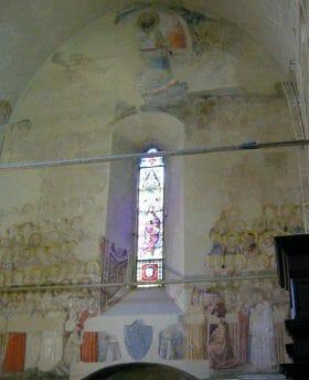 La Cappella della Maddalena, o del Podestà, con il suo frammentario ciclo di affreschi della scuola di Giotto