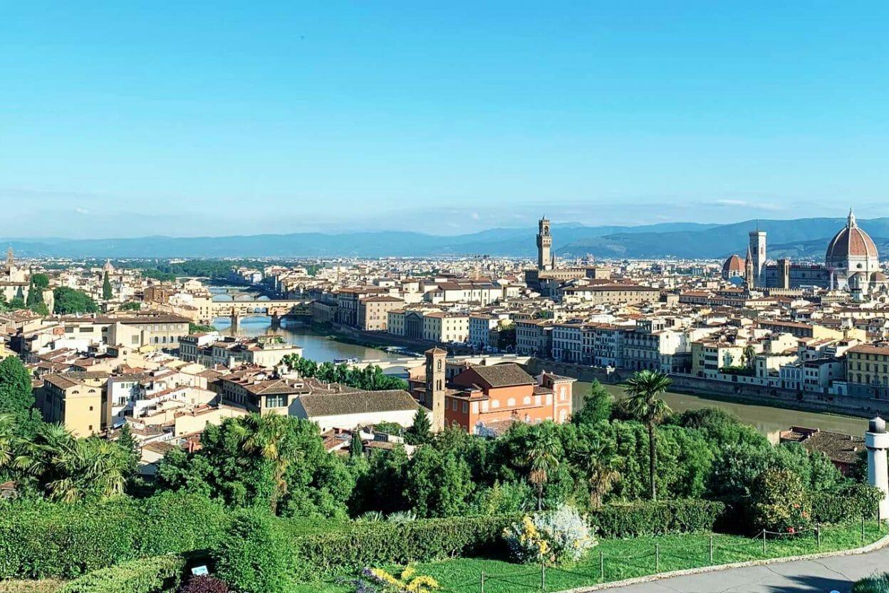 Cosa vedere a Firenze in mezza giornata, oppure in una giornata, oppure in più giorni: in questa pagina alcuni itinerari alla scoperta della città adatti ad ogni tipologia di soggiorno!