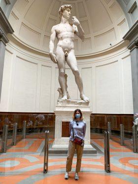 Il David di Michelangelo nella Galleria dell'Accademia