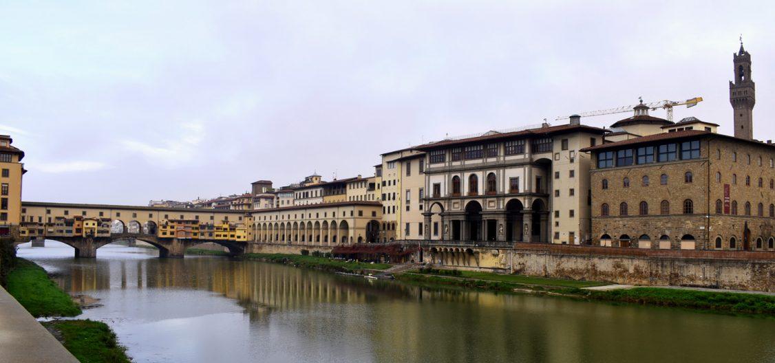 Corridoio Vasariano attraverso Ponte Vecchio